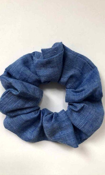 "gumka ""scrunchie"" niebieska"