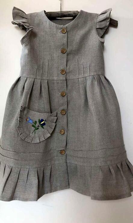 Sukienka lniana guziki