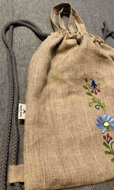 Plecak lniany z haftem Margaretka